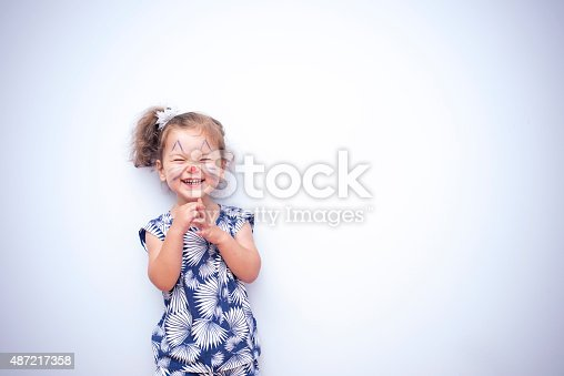 istock Pretty Cat Girl 487217358