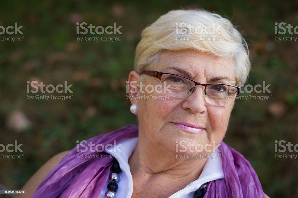 Older adult free cam
