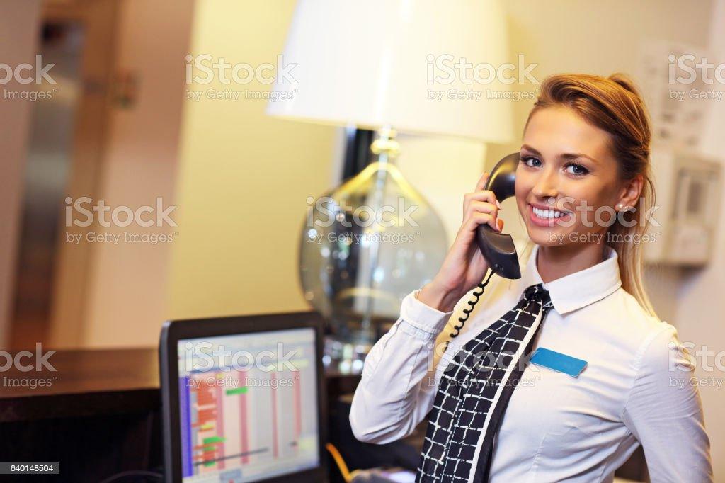 Hübsche-Rezeptionist - Lizenzfrei Berufliche Beschäftigung Stock-Foto