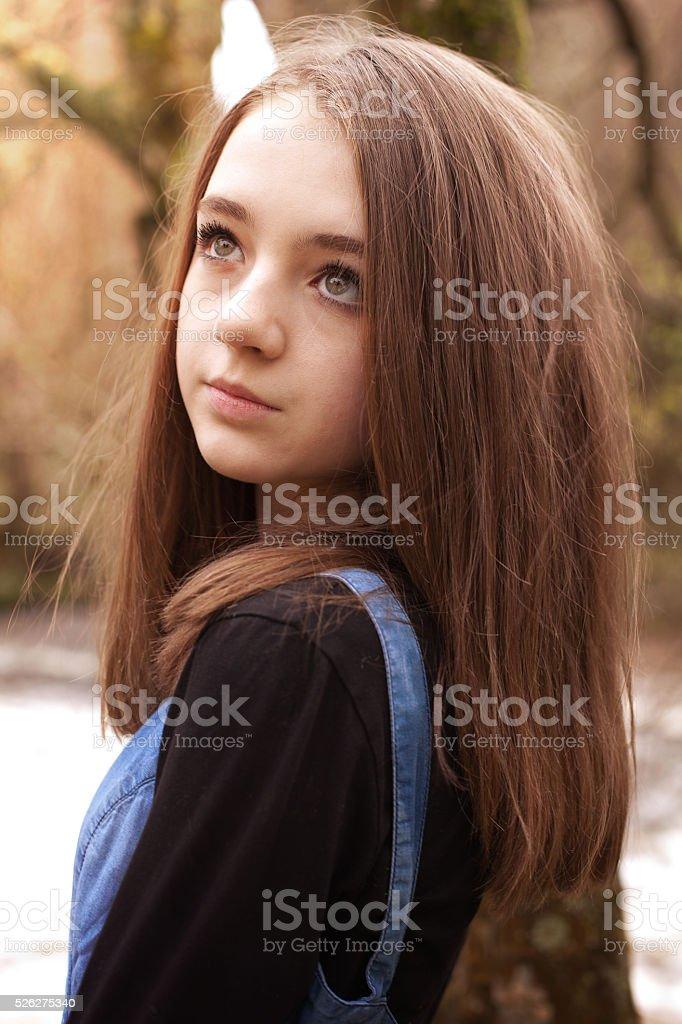 Mädchen 13 haare hübsches braune Hübsche mädchen