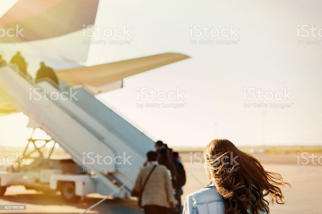 A plano de una mujer bonita - foto de stock