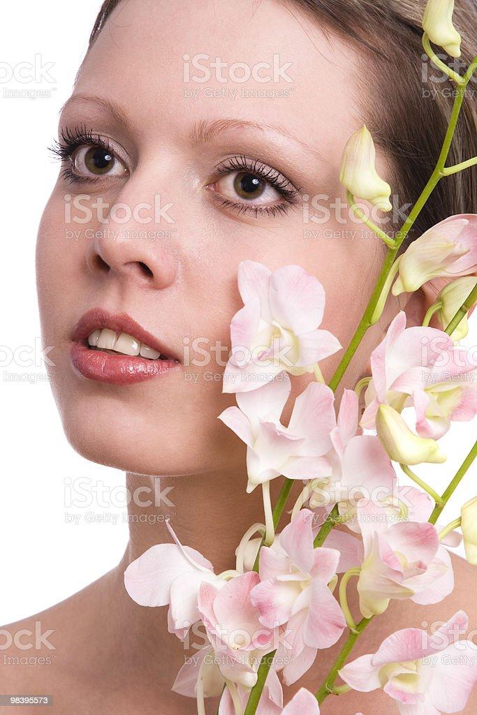 뽀샤시 젊은 여자 세로는, 연자주색 royalty-free 스톡 사진