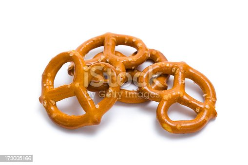 Small pretzels with salt.