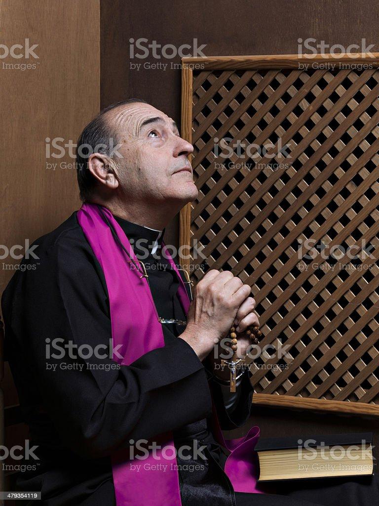 Priest – Foto