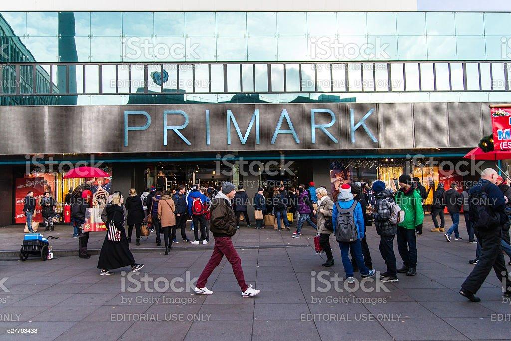 Primark am Alexanderplatz in Berlin – Foto