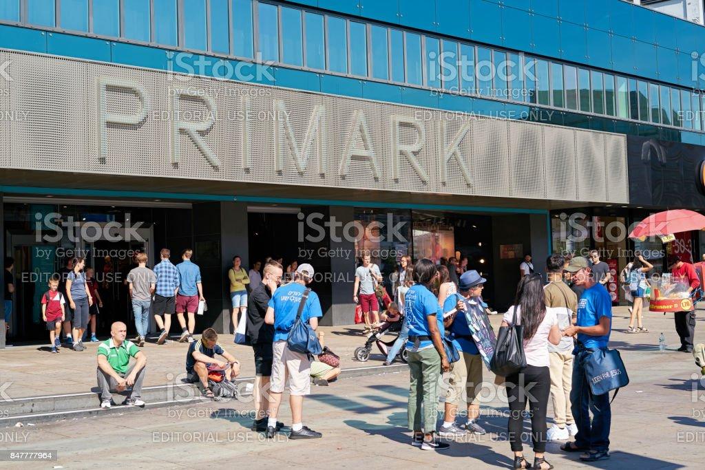 Primark En Berlín Foto de stock y más banco de imágenes de