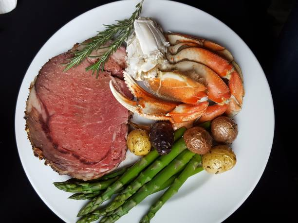 Prime rib Prime rib and crab legs roasted prime rib stock pictures, royalty-free photos & images