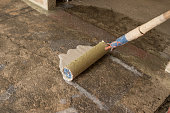 こちらのコンクリートの床、防水