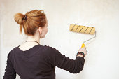 istock Priming the wall. 175245551