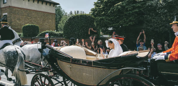 prince harry, duke of sussex and meghan, duchess of sussex leave windsor castle - ascot landau foto e immagini stock