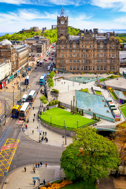 Princes Street and Calton Hill in Edinburgh, Scotland, UK Princes Street and Calton Hill in Edinburgh, Scotland, UK princes street edinburgh stock pictures, royalty-free photos & images