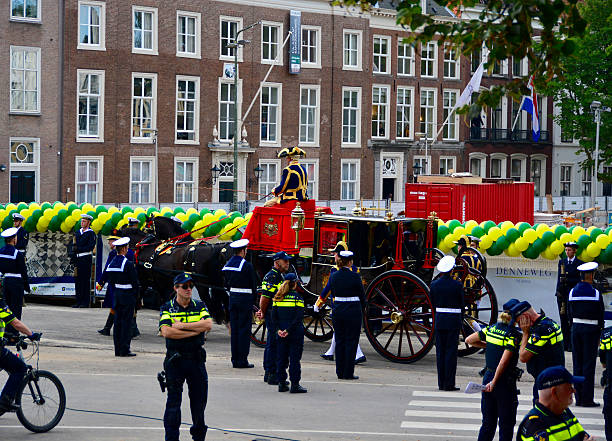 prinsjesdag the hague - feiertage holland 2016 stock-fotos und bilder