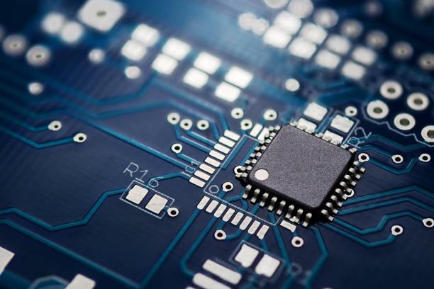 プリント回路基板とチップ - 半導体 ストックフォトと画像