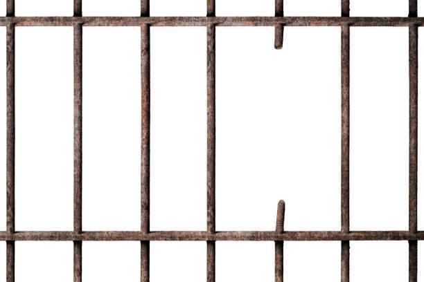 Gefängniszelle mit zerbrochenen alten Gefängnisbars isoliert auf weiß, Weg in die Freiheit – Foto