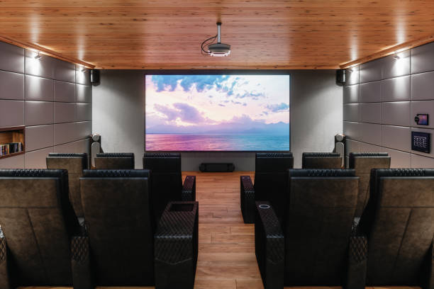 private home cinema room - projection equipment stock pictures, royalty-free photos & images