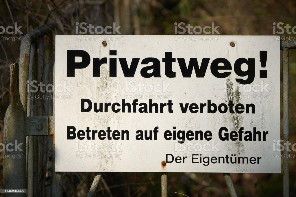 Privatstraße, Durchfahrt verboten – Foto