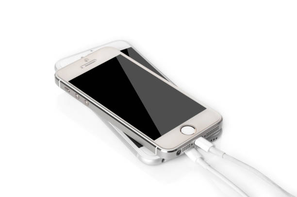 probleme in der iphone-ladestation - adapter apple stock-fotos und bilder