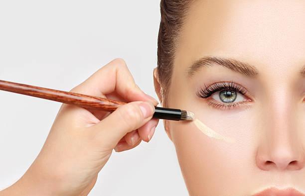 prozess von make-up - gesicht make up anleitungen stock-fotos und bilder