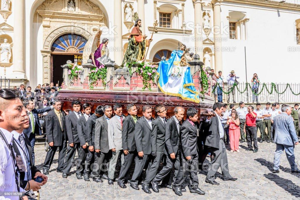 Procesión en el día de St Jame's, Antigua, Guatemala - foto de stock