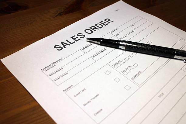 produkt sales order formular - gefüllte bon bons stock-fotos und bilder