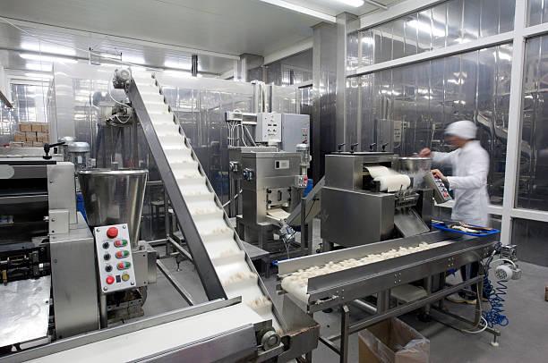 Ligne de Production dans l'usine de restauration. - Photo