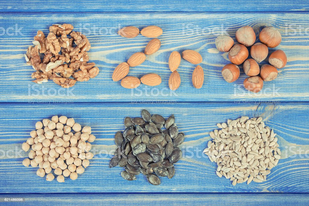 Products and ingredients containing zinc and dietary fiber, healthy nutrition foto stock royalty-free