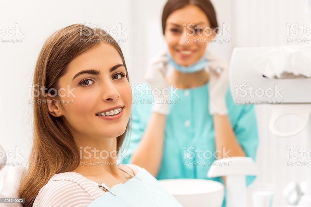 Professionelle Zahnarzt Büro - Lizenzfrei Ausrüstung und Geräte Stock-Foto