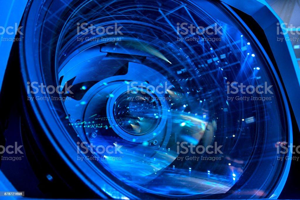 Professionelle digitale Videokamera ausgestattet. – Foto