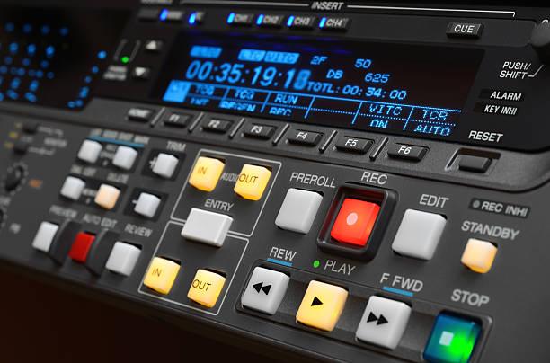 professionelle digitaler videorekorder. - postproduktion stock-fotos und bilder