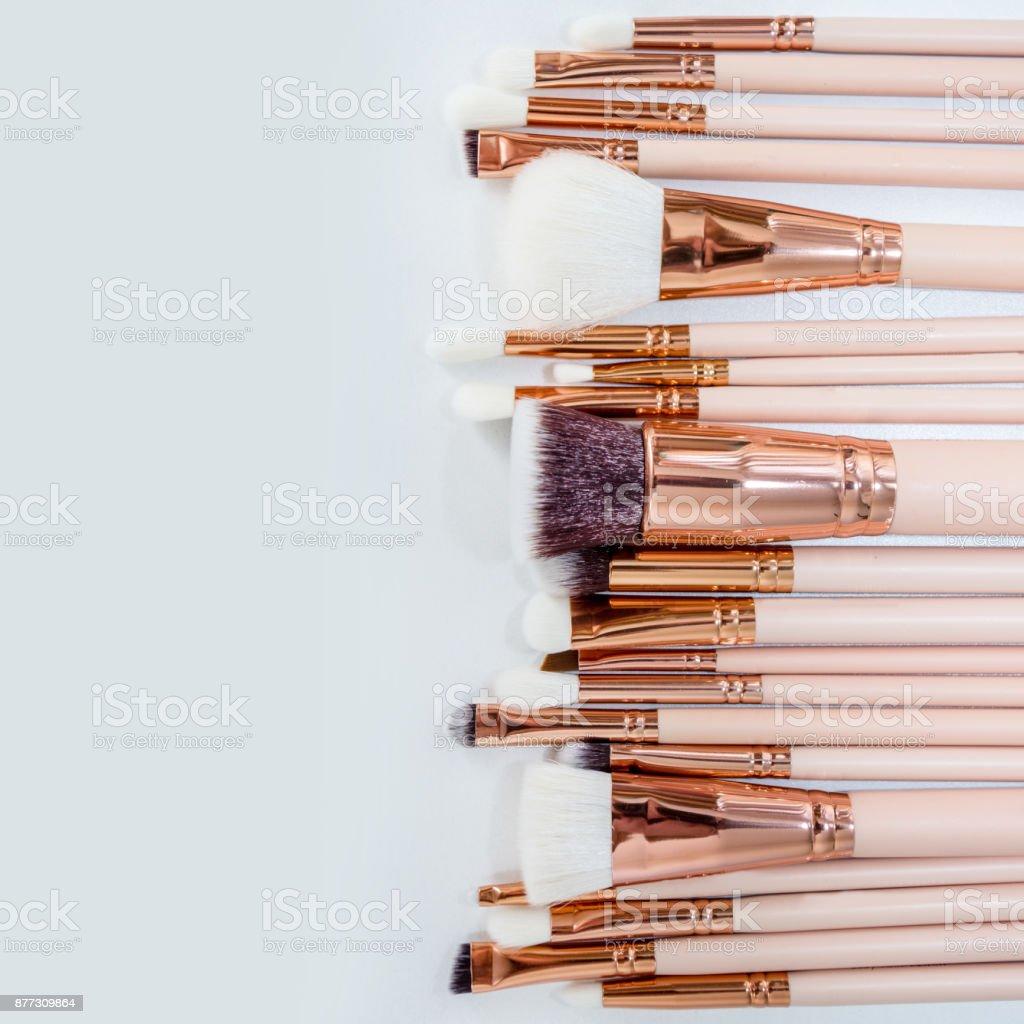 Set de pinceles de maquillaje profesional - foto de stock
