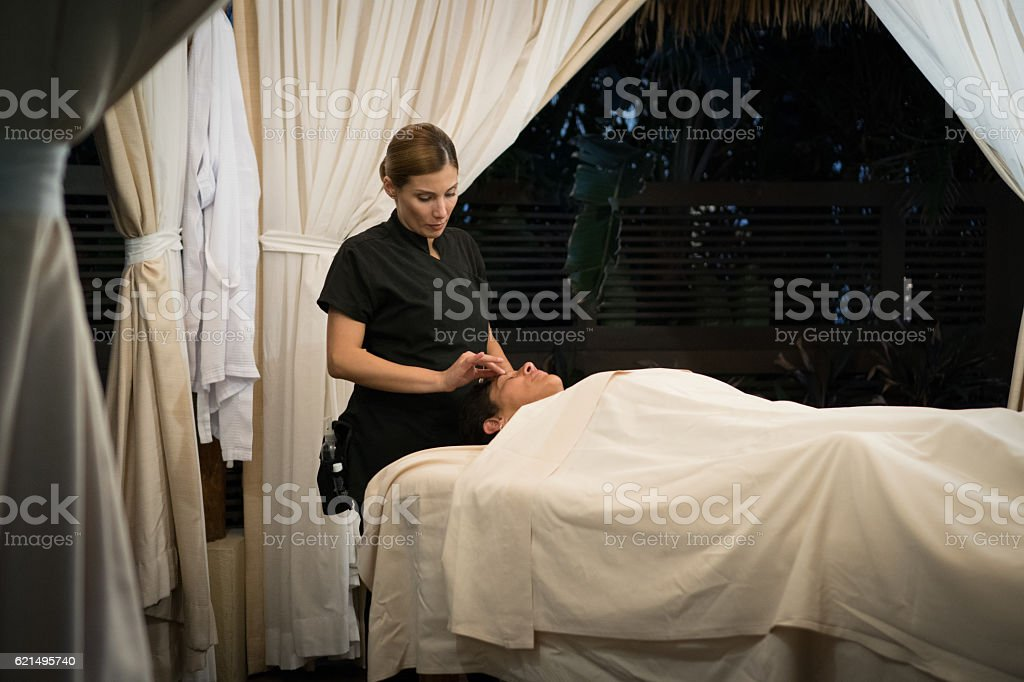 Professional Massaging Face foto stock royalty-free