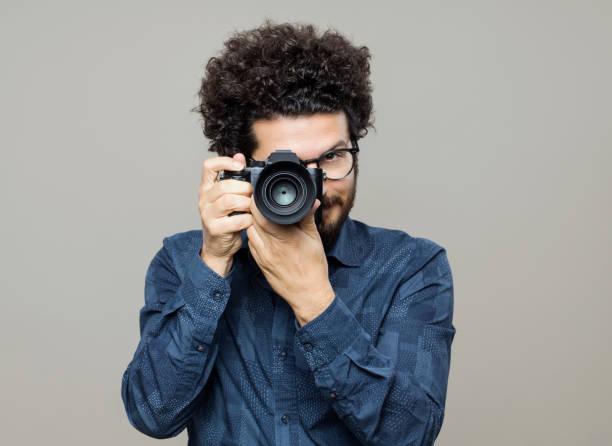 Professional photographer picture id1096819174?b=1&k=6&m=1096819174&s=612x612&w=0&h=yutbouf5najzuexrn8kvs en3zvdz9e6pvevyu4d9io=