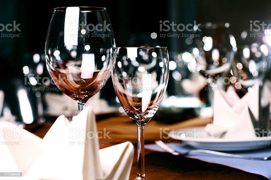 Professionelle restaurant serviert Lizenzfreies stock-foto