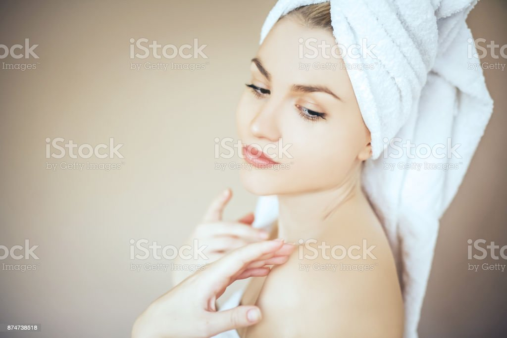 Profile Cline Face Stock Photo - Download Image Now - iStock