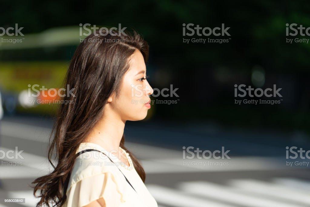 若い女性の顔のプロフィール ストックフォト