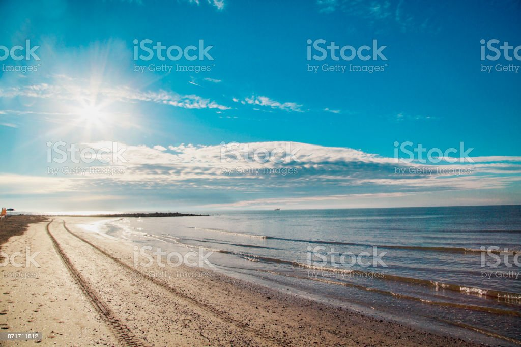 Promenade at dawn. Relaxation and vacation - foto stock