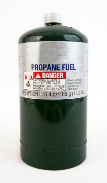 propan-zylinder - benzintank stock-fotos und bilder