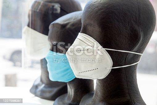 Protective face maske