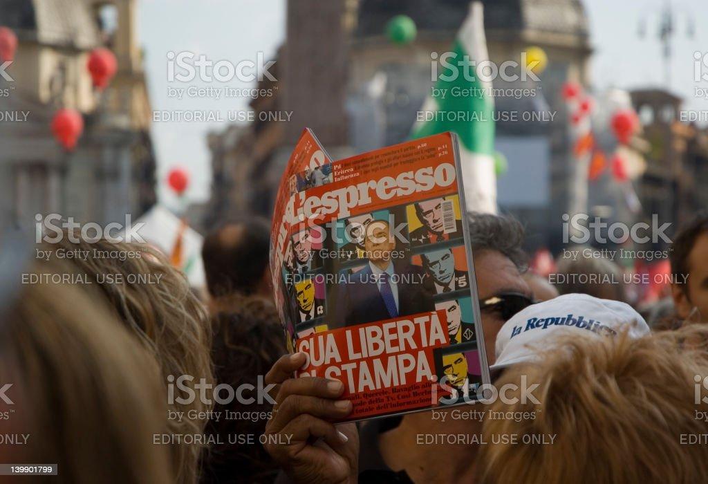 Protesta contro Berlusconi per la libertà di stampa - foto stock