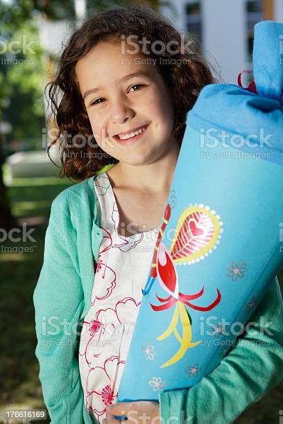 Stolz Erste Straßenhobel Mit Conical Flask Stockfoto und mehr Bilder von 4-5 Jahre
