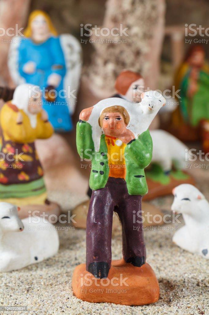 Moutons, le berger et le Provencal Santon - Photo