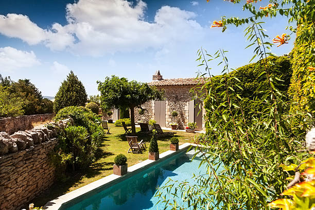Provence Home Relaxing vacation getaway in the south of France. holiday villa stock pictures, royalty-free photos & images