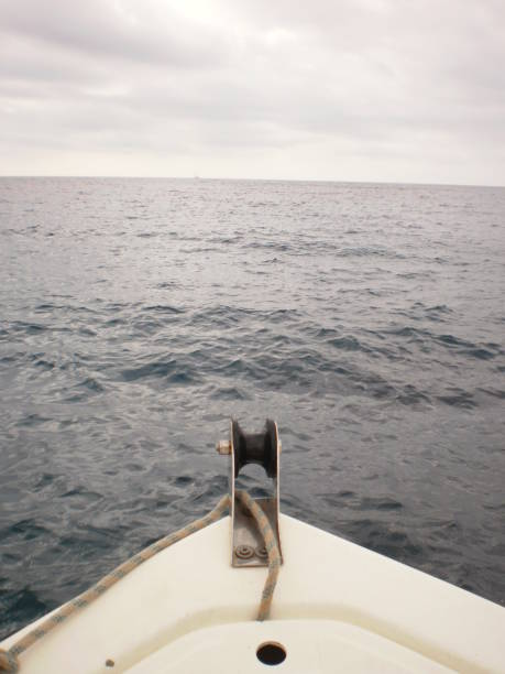 Prow eines kleinen Bootes in der Zitadelle auf der Insel Menorca. – Foto