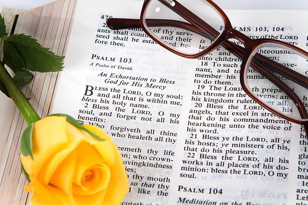 psalm 103 - psalm stock-fotos und bilder