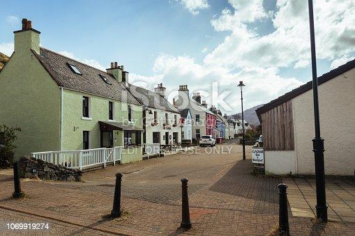 istock Pub in Dornie village, Highlands of Scotland 1069919274