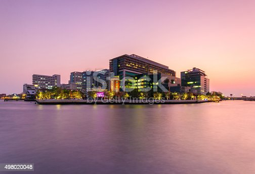 istock Public Hospital at twilight time in the river 498020048