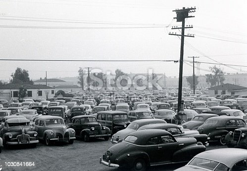 Los Angeles, California, USA, 1951. Public parking in Los Angeles. Possibly the car parking in front of the Olypiastadium (Memorial Coliseum).