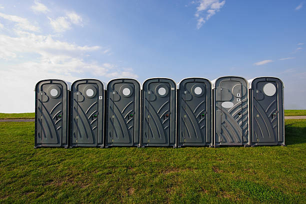 public restroom Portable toilets outside portable toilet stock pictures, royalty-free photos & images