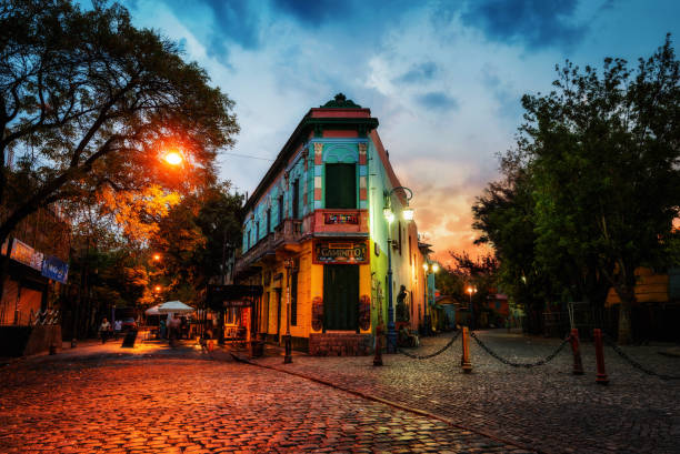 Public Square in La Boca, Buenos Aires, Argentina. Taken during sunset Public Square in La Boca, Buenos Aires, Argentina. Taken during sunset on April 9th 2015. taken in 2015 post processed as HDR buenos aires stock pictures, royalty-free photos & images