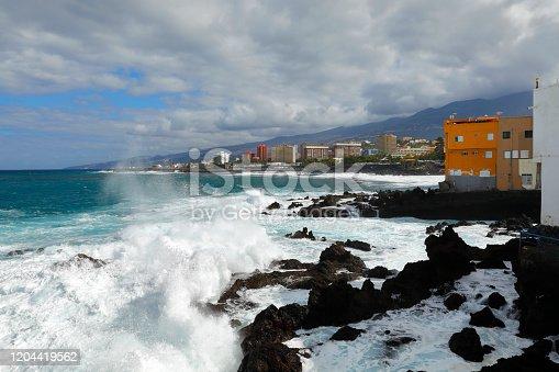 Coast of Puerto Cruz in heavy seas
